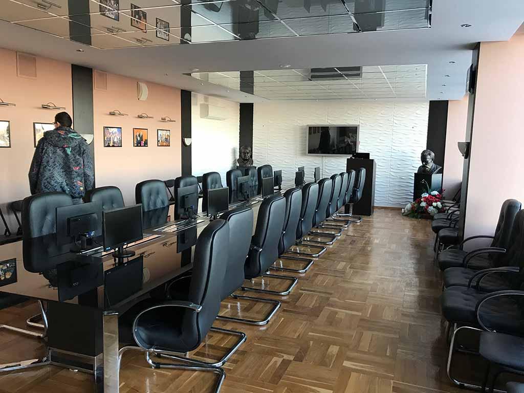 Конференц-зал. Офисный переезд.